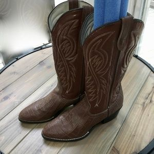 Bronco womens Western Boots size 8